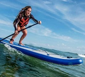 Surf SUP on an inflatable SUP